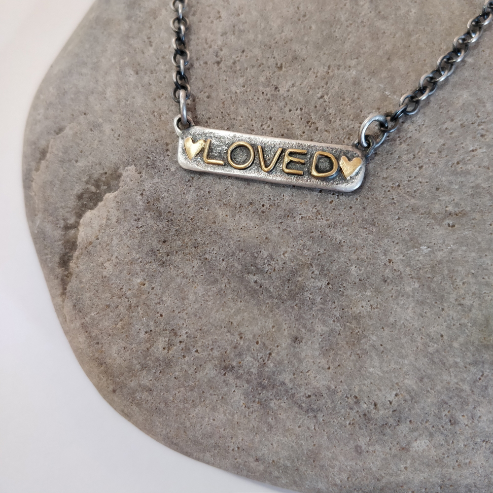 Loved choker tag necklace