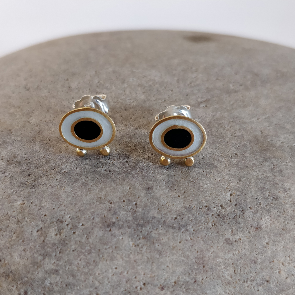 Earrings - White Flux and black oval with gold balls