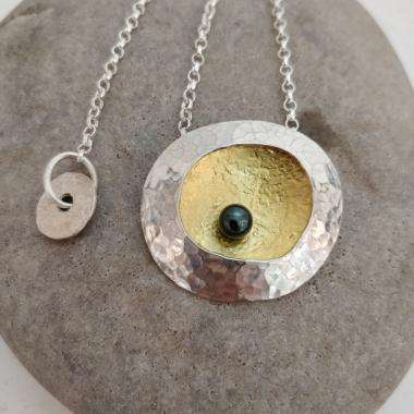 Limpet necklace