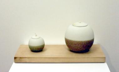 2 Stoneware Pots on a Holly Base