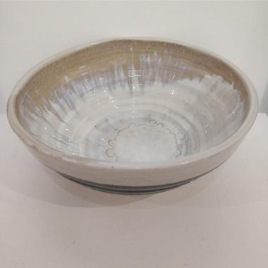 Grey/white luster bowl