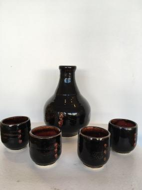 Red Brown Bottle and 4 Cup Set