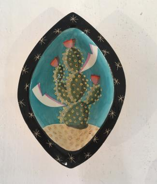 Cacti dish pink flowers
