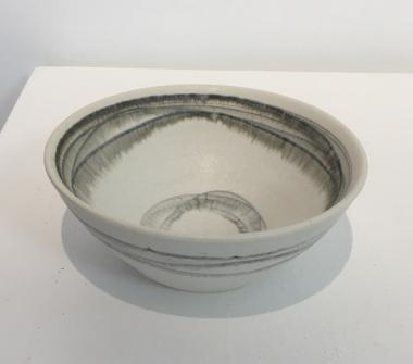 Small Round Bowl With Lines