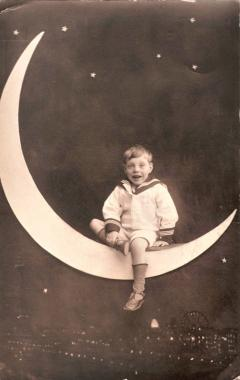 We are the People No.2 Paper Moon c.1912