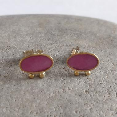 Pink and gold pair of earrings