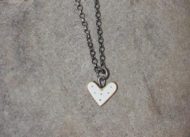 white dot heart necklace