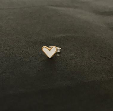 Earring stud - White Heart