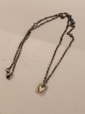 White heart tag Necklace
